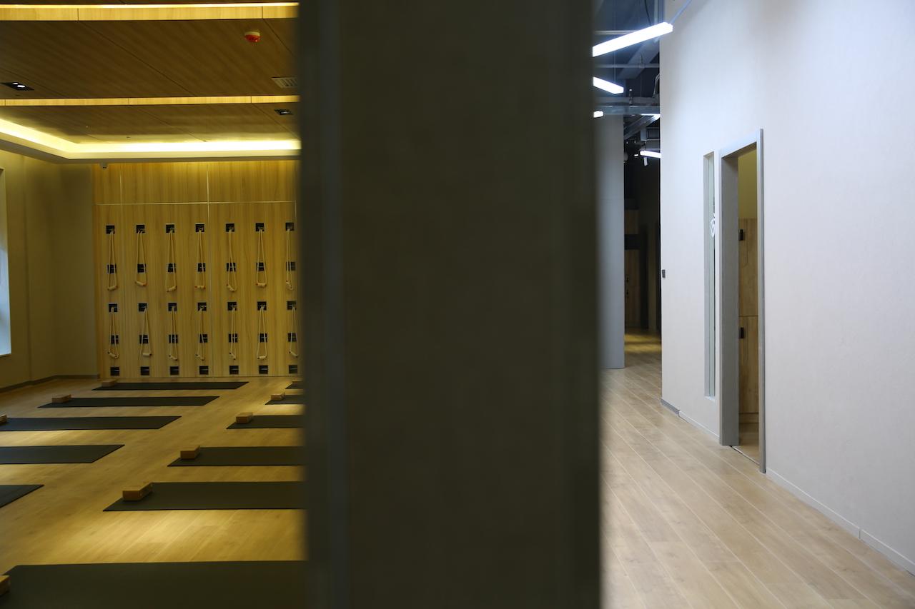 舞蹈室墙面灰泥装修设计效果图